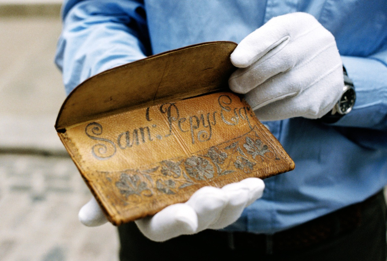 The original wallet belonging to Samuel Pepys, on which Tallowin's new design is based